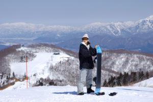 スキー場バイト女性