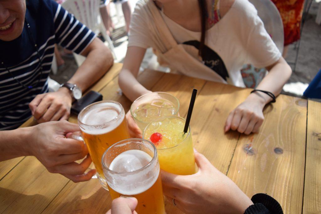 飲み会リゾートバイト