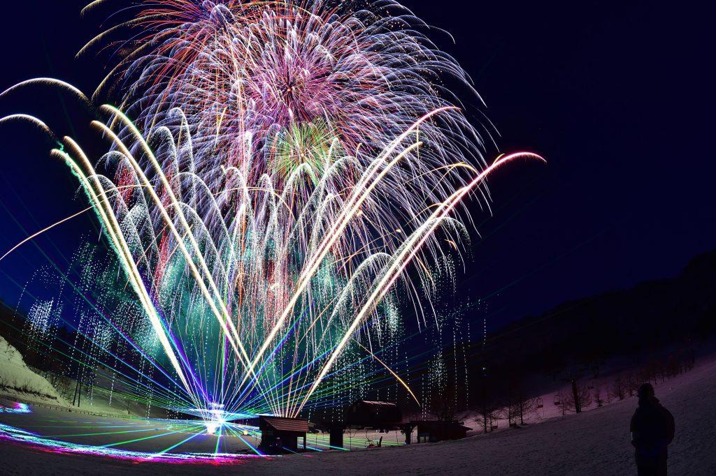 スキー場 花火