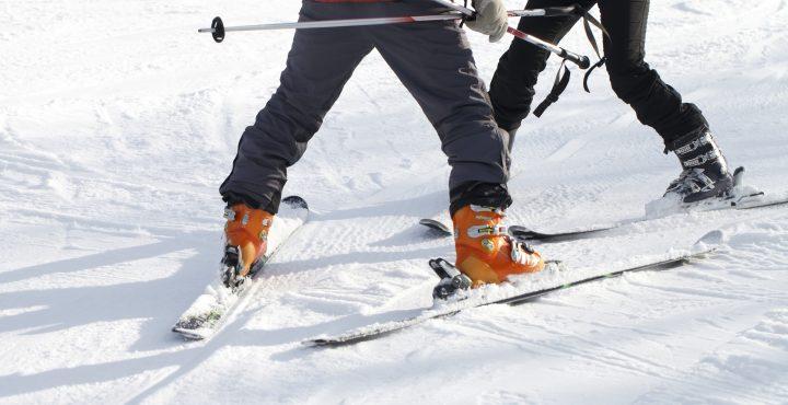 スキー場インストラクター仕事