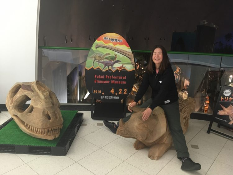 恐竜の背中でリゾバ