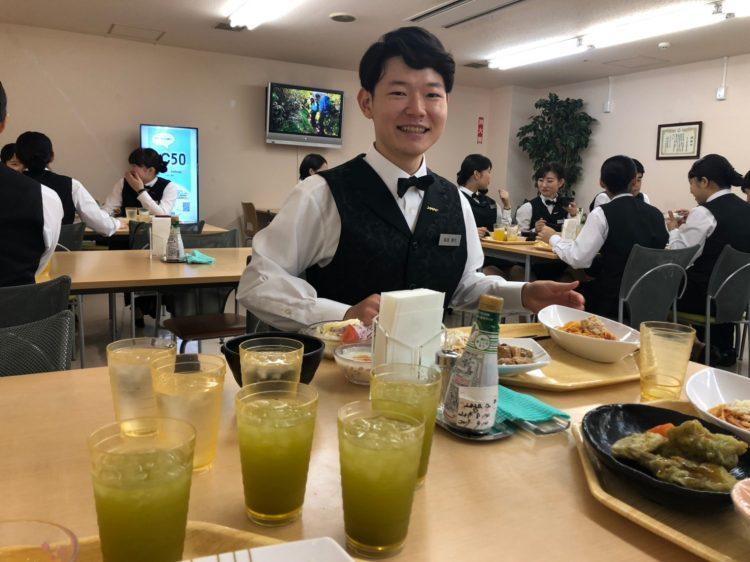 食事 リゾートバイト